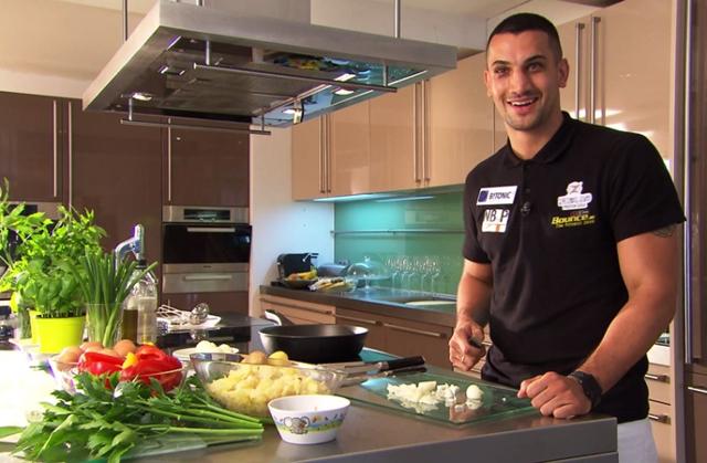 Marcos Nader beim Kochen