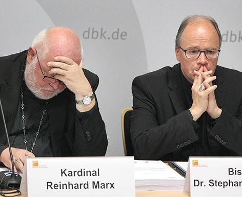 Kardinal Reinhard Marx und Bischof Stephan Ackermann (Beauftragter für Fragen des sexuellen Missbrauchs und für Fragen des Kinder- und Jugendschutzes)