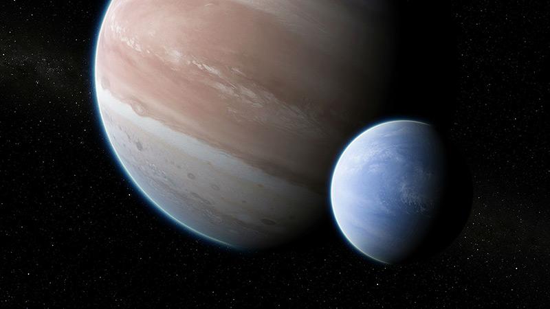 Künstlerische Darstellung: riesiger Gasmond kreist um Planeten