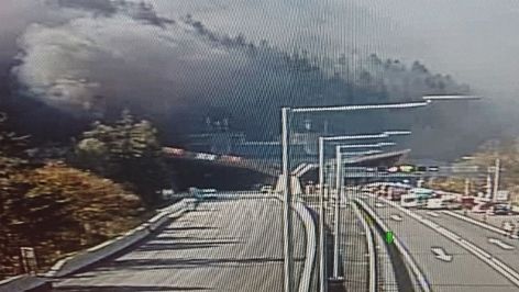 Pyhrn Autobahn gesperrt: Großbrand in Gleinalm Tunnel