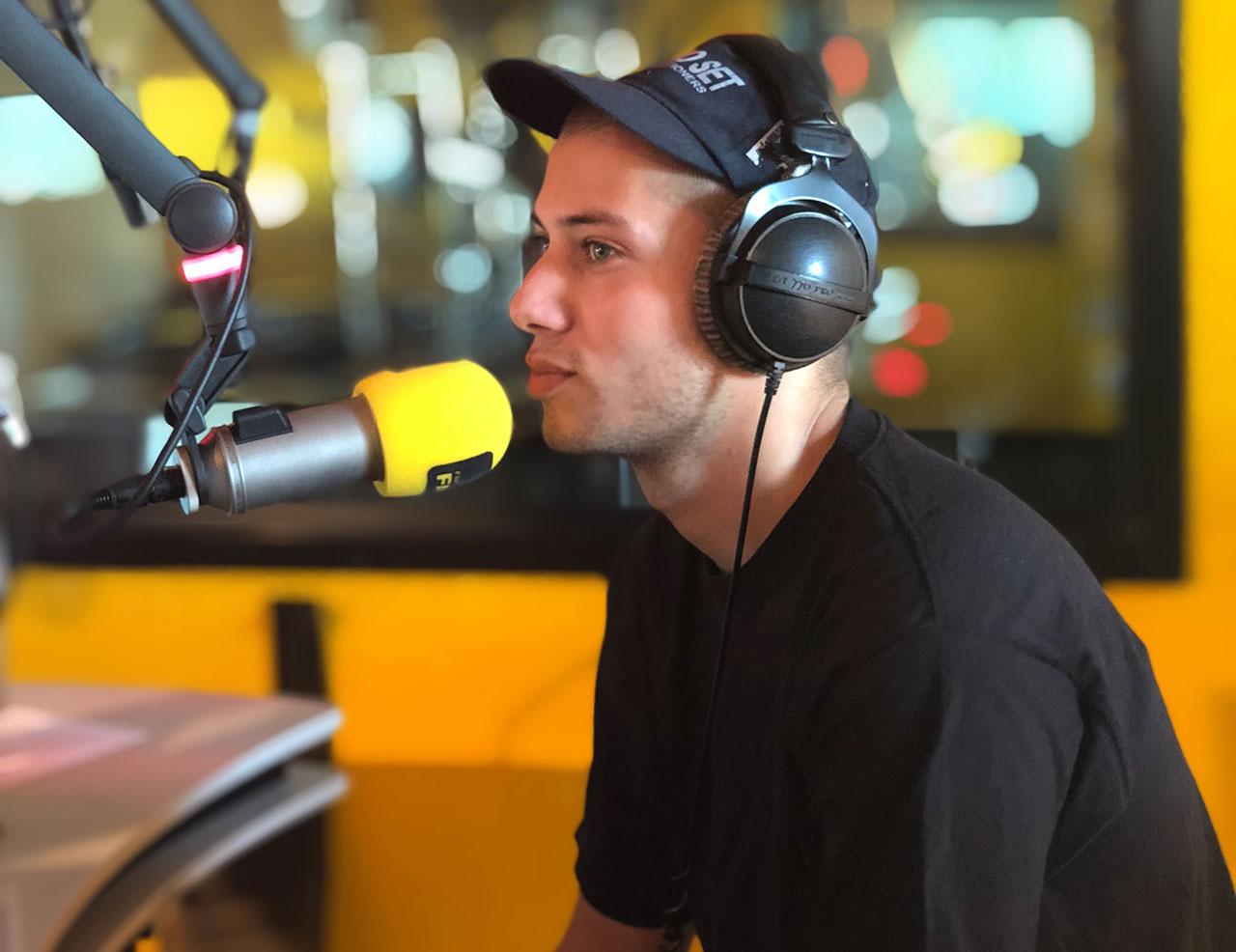 Jugo Ürdens im FM4 Studio