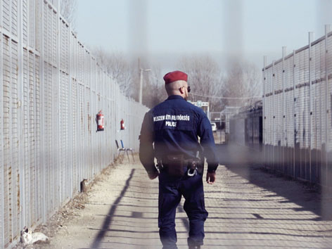 bewachter Grenzübergang Ungarn
