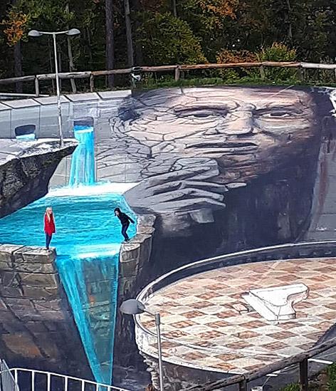 Udo-Jürgens-Porträt auf einem Parkplatz