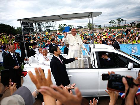 Südkorea: Kim lädt Papst nach Nordkorea ein