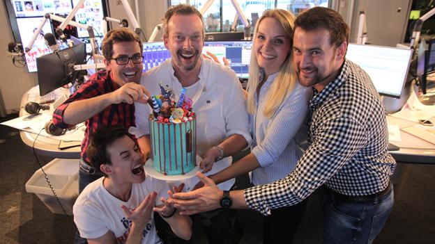Geburtstagstorte für den Ö3-Wecker