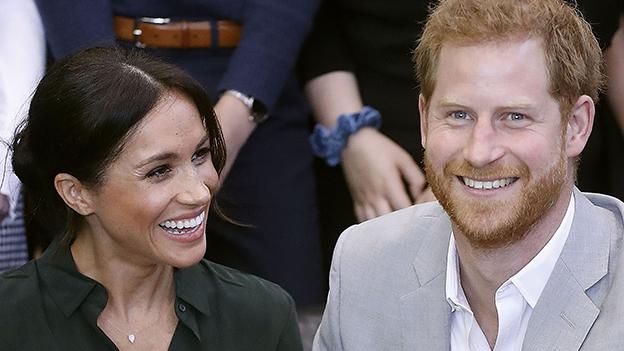 Meghan und Prinz Harry lachen