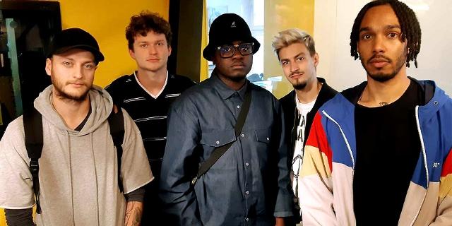 T-Ser und Crew im FM4 Studio