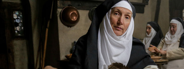 Nonne Klara Staiger (Monika Bujinski)