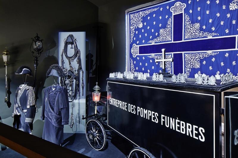death wagons undertaker's museum bestattungsmuseum vienna wien pompes funebres