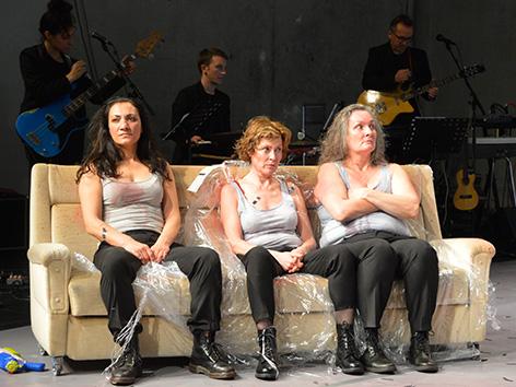 """Aktionstheater - """"Ich glaube"""" von Martin Gruber"""
