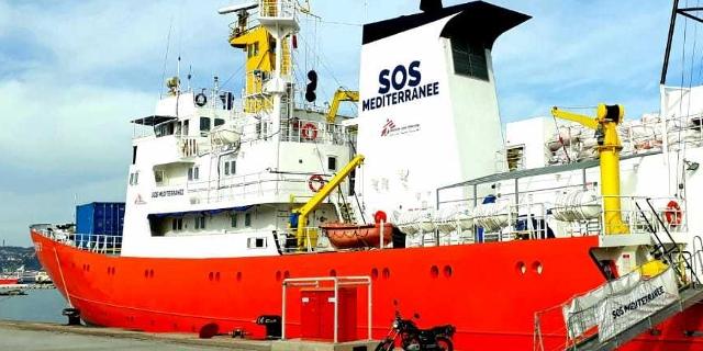 The ship at port