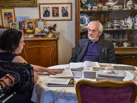 Filmemacherin Anita Lackenberger im Gespräch mit Pfarrer Keller