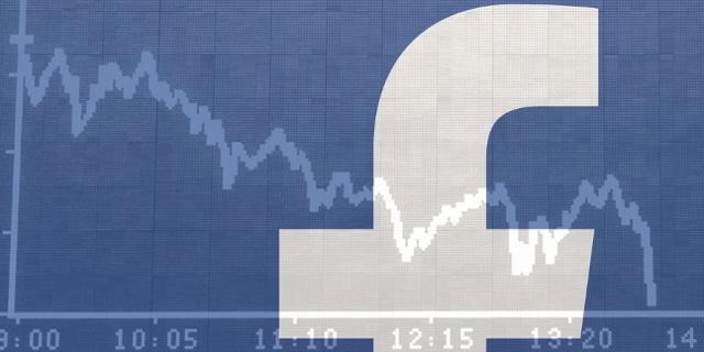Facebook Logo vor Börsentafel