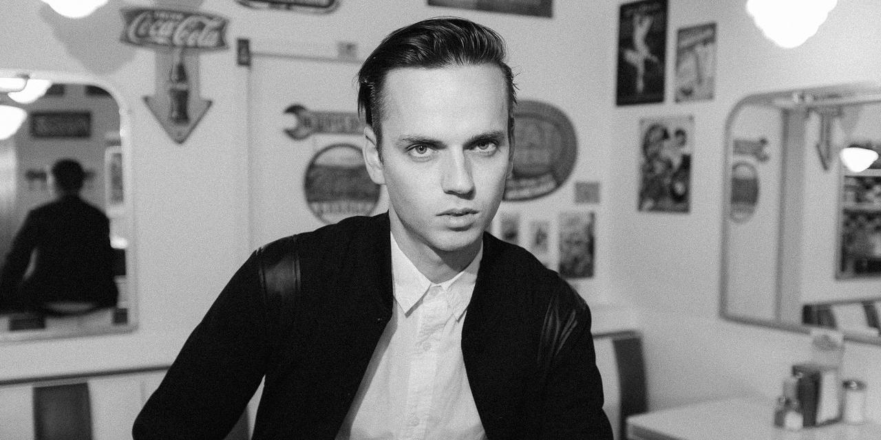 Produzent M.P. The Kid im Schwarz-Weiß-Portrait