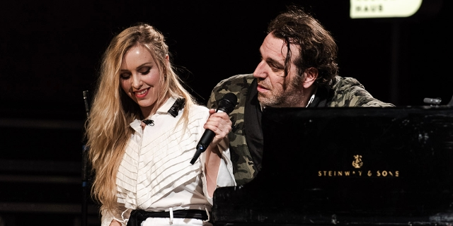 Chilly Gonzales bei der FM4 Radio Session