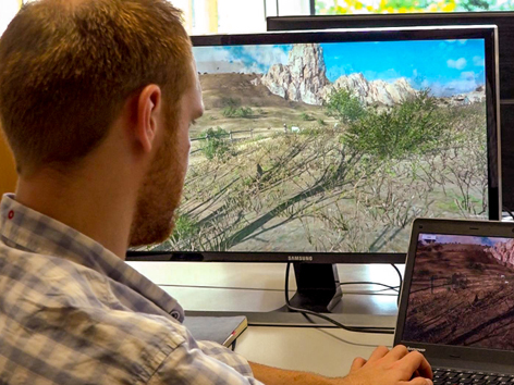 Amin Josua (Theologiestudent und Spiele-Designer)