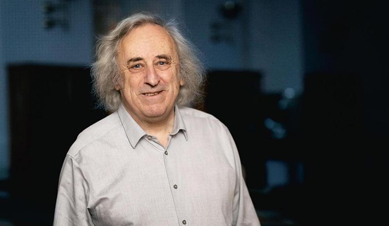 Der britische Physiker Malcolm J. Perry
