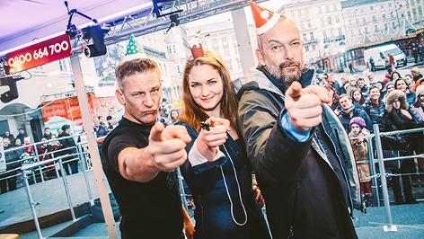 Andi Knoll, Gabi Hiller, Robert Kratky in der Ö3-Wunschhütte
