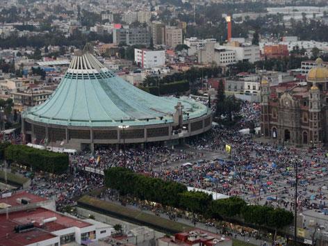 Die Basilika der Jungfrau von Guadalupe in Mexiko City