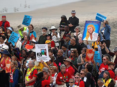 Gebetsprotest an US-Grenze zu Mexiko bei San Diego