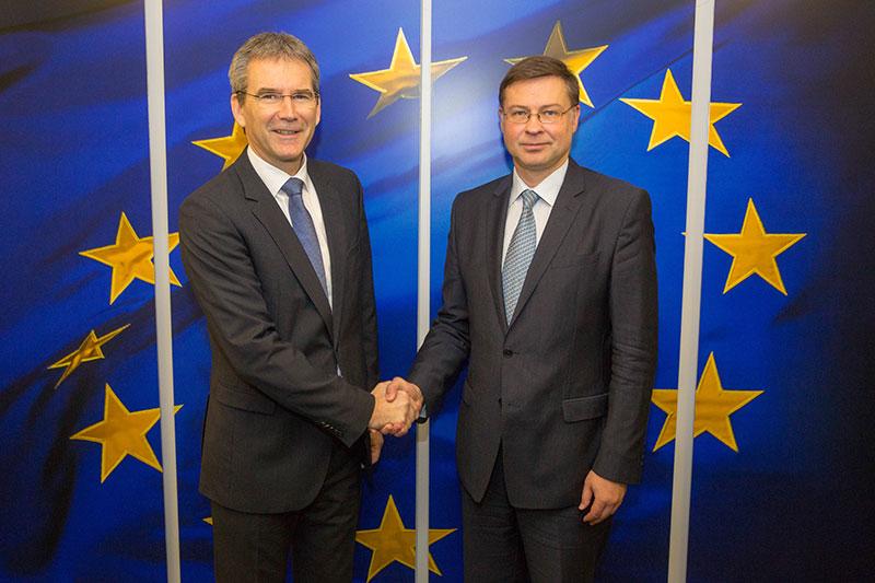 Finanzminister Hartwig Löger (ÖVP) und der  Vizepräsidenten der EU-Kommission Valdis Dombrovskis