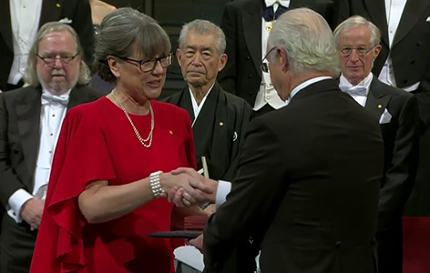 Donna Strickland bei der Übergabe des Chemienobelpreises