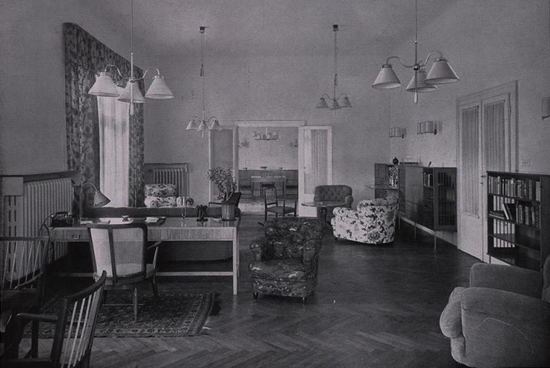 Das von Josef Frank und Oskar Wlach gestaltete Wohnzimmer in der Wohnung Anna Weiss  in Wien