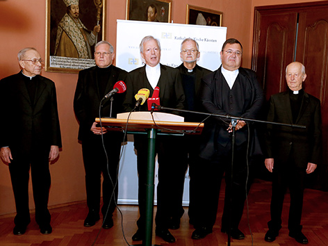 Engelbert Guggenberger und das Leitungsteam des Gurker Domkapitels