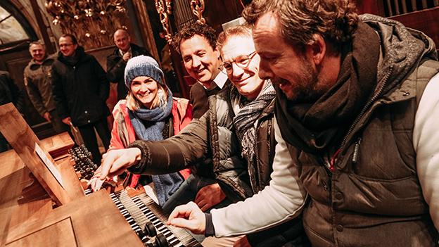 Andi Knoll, Gabi Hiller und Robert Kratky spielen die Orgel im Dom zu St. Pölten