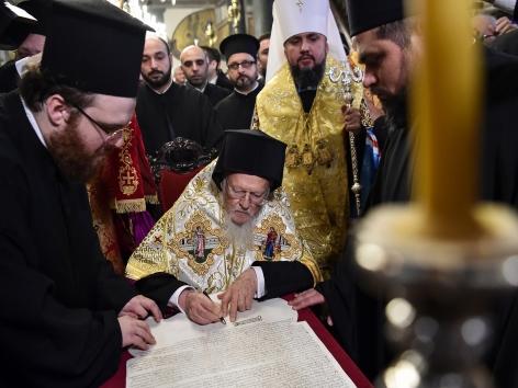 Orthodoxe Kirche in Ukraine erhält Eigenständigkeit