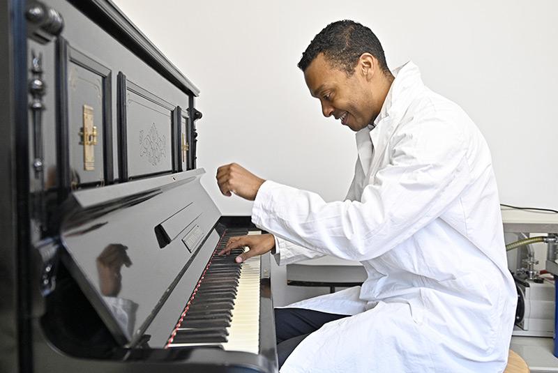 Nuno Maulide am Klavier
