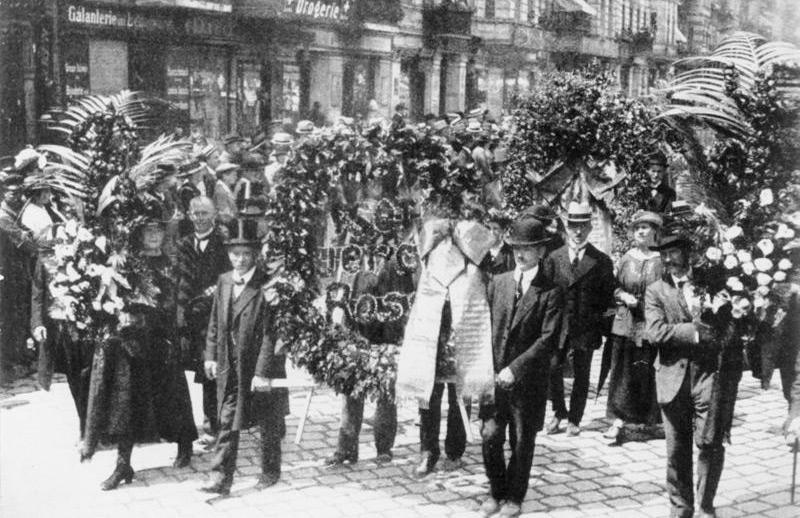 Die Beisetzung von Rosa Luxemburg am 13. Juni 1919