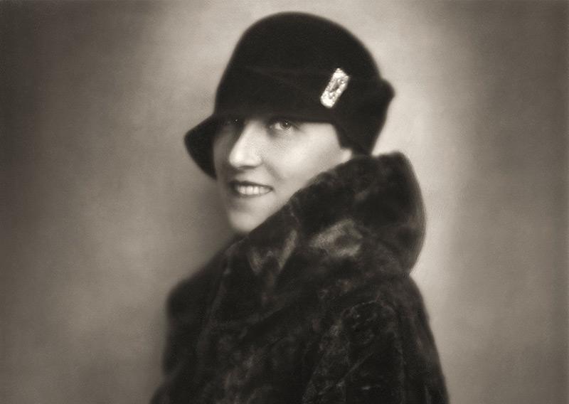 Charlotte Bühler (1893-1974), Universitätsprofessorin für Psychologie, im Jahr 1925