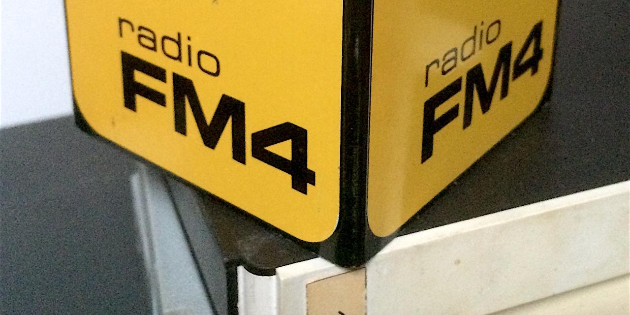 Der gelbe FM4-Würfel