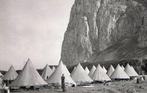 Flüchtlingscamp für spanische Bürgerkriegsflüchtlinge in Gibraltar (Grenze zu Spanien)