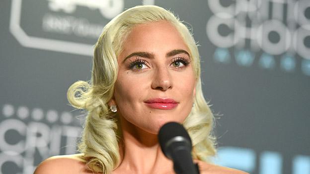 Lady Gaga zufrieden