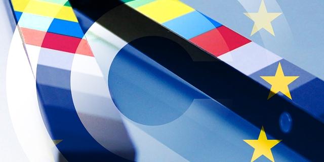 Film-Klappe, Copyright-Zeichen, EU-Flagge