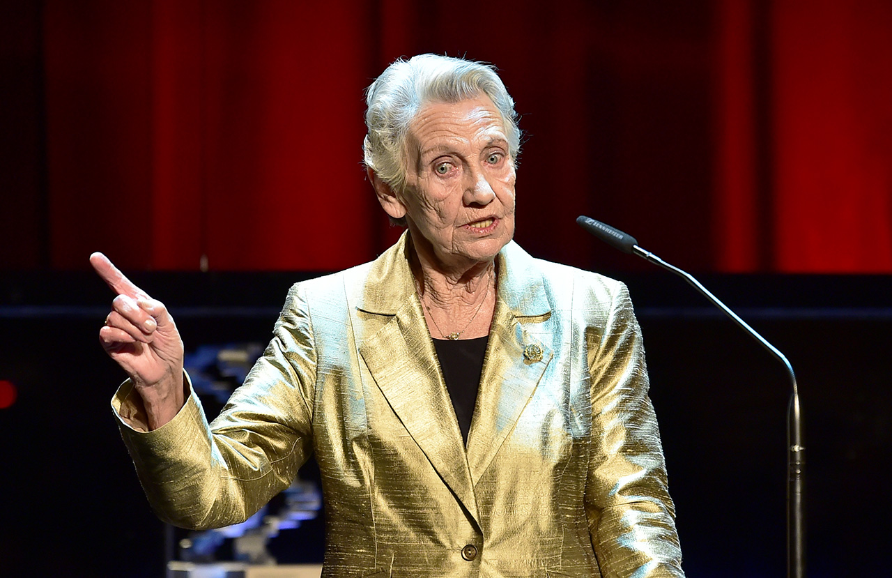"""Österreichischer Filmpreis 2019 Ingrid Burkhard (beste weibliche Hauptrolle in """" Die Einsiedler"""")"""