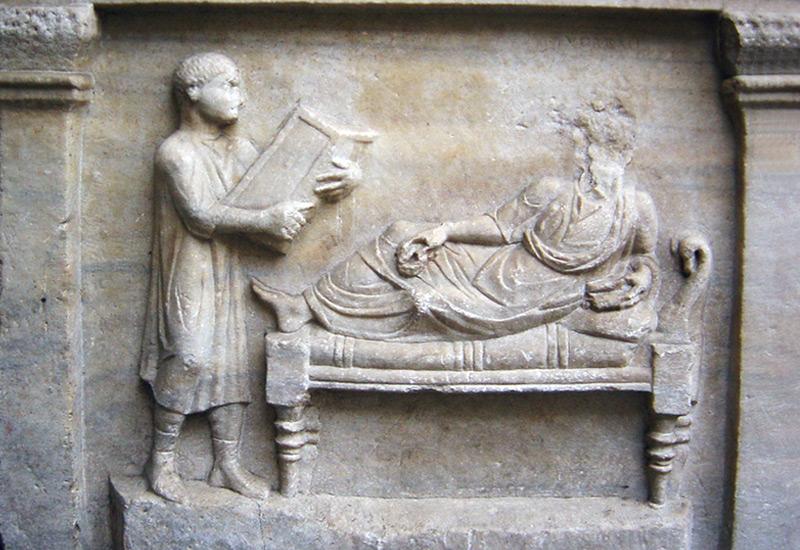 Sarkophag des römischen Anwalts Valerius Petronianus: Sklave und Herr