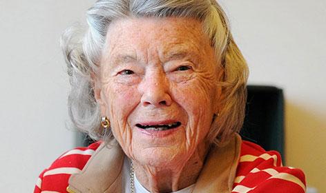 Rosamunde Pilcher lacht