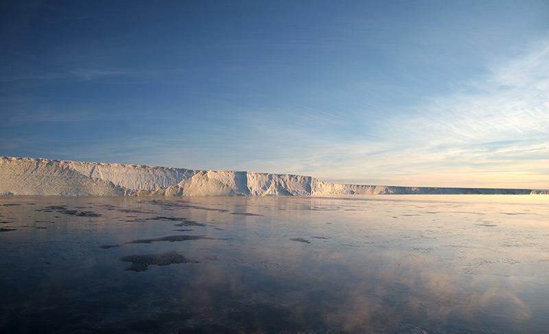 Schelfeis im Südpolarmeer