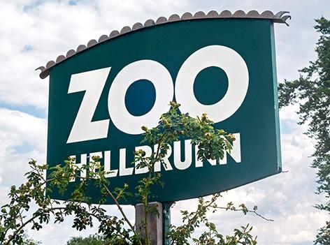 Eingangsschild Zoo Salzburg Hellbrunn