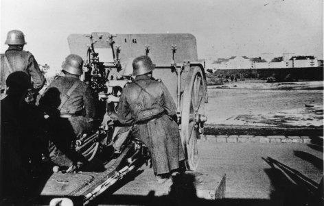 1934, Bundeheergeschütz in Stellung.