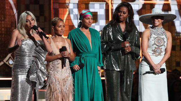 Lady Gaga, Jada Pinkett Smith, Alicia Keys, Michele Obama und Jennifer Lopez bei den Grammys 2019