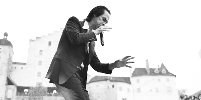Nick Cave Burg Clam