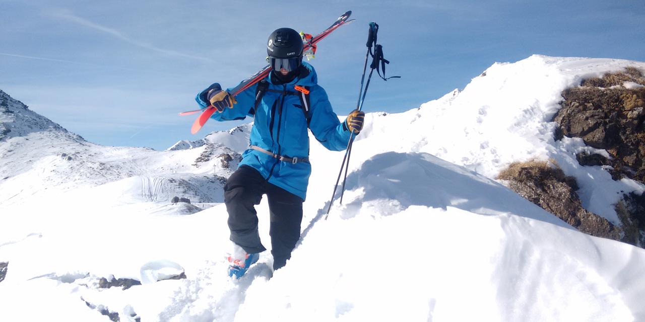 Reine Barkered fährt Schi in Fieberbrunn