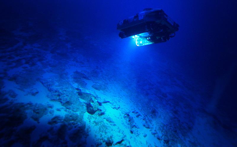 Tauchroboter in der Tiefsee