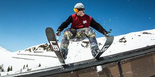 Dominik Wilfling slidet über ein Rail
