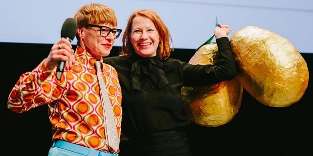 Ashley Hans Scheirl and Birgit Minichmayr bei der Diagonale-Eröffnung