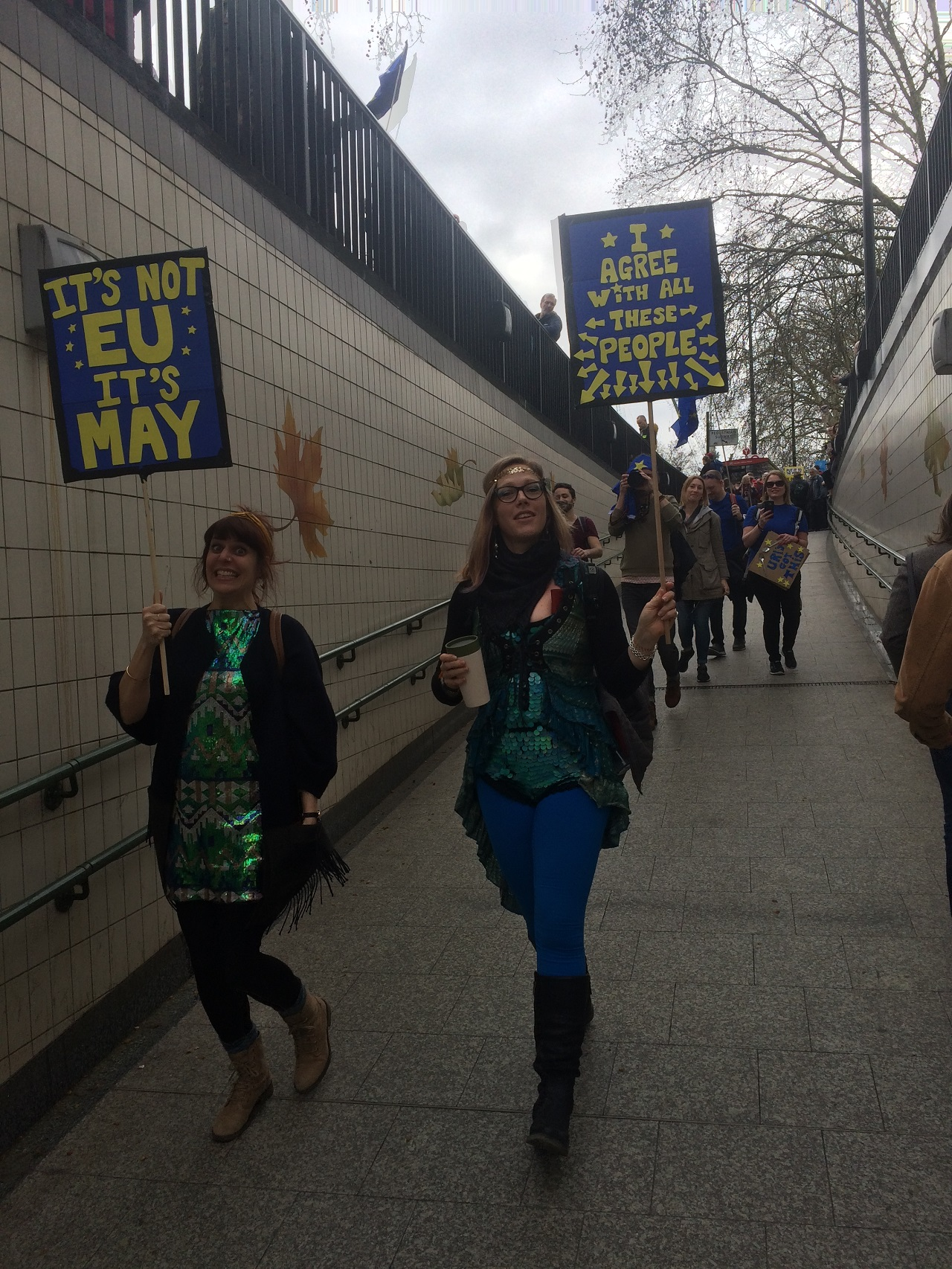 Demonstrant_innen beim Put it to the People March